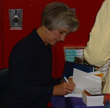 LeAnn Thieman signing her books
